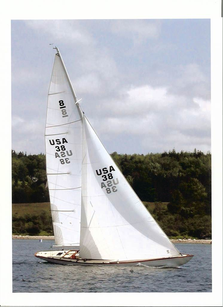 C:\Users\Jim Taylor\Desktop\JTYD\DESIGN\Des100\Photos\Sailing.jpg