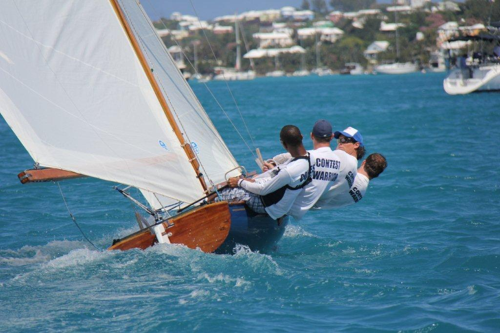 http://www.rbyc.bm/images/stories/front_page/24_may_fitted_dinghies_080.jpg